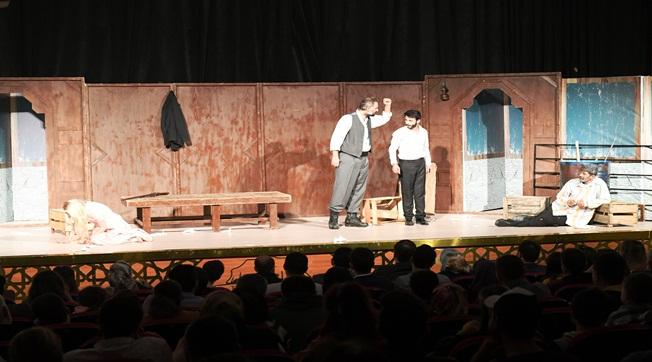 Şehir Tiyatrosu Birçok Türde Oyun Sergiliyor