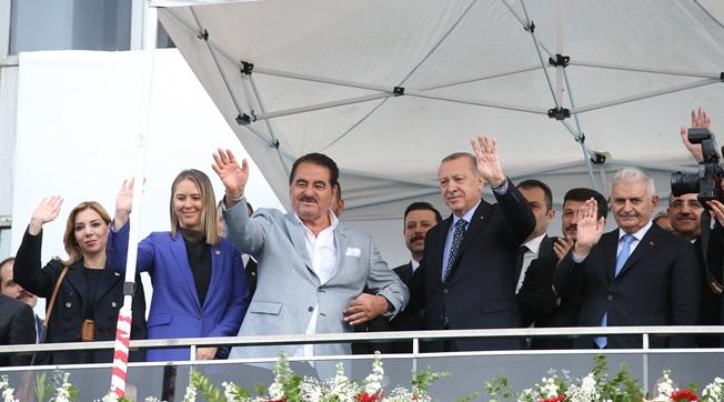 Tatlıses Ölene Kadar Erdoğan'ın Yanındayım