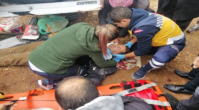Alakonak-Büyük Bardakçı Yolunda Kaza 1 Yaralı