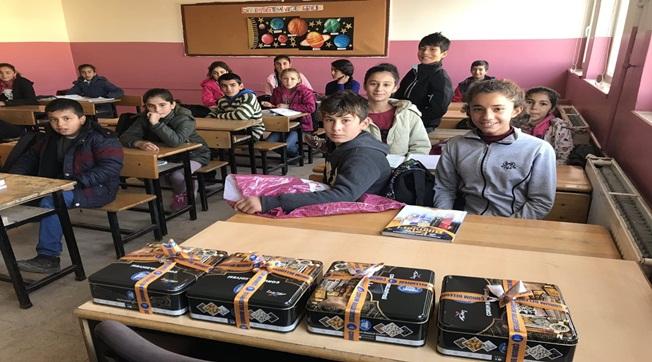 Bozova'da Öğrenciler Çorum Leblebisinin Tadına Baktılar