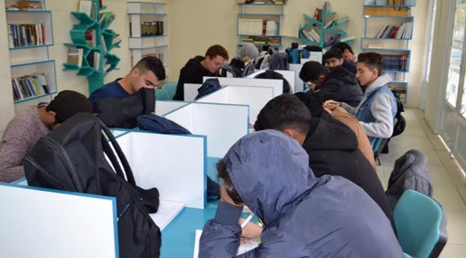 Eyyübiye'de Uzman Eğitmenler Ücretsiz Dersler Veriyor