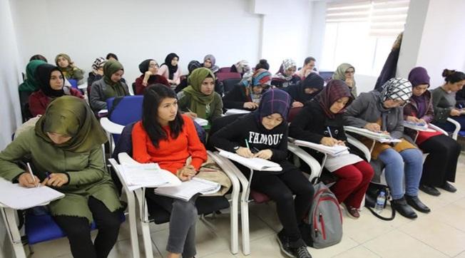 Haliliye Belediyesi Öğrencilere Uzman Eğitim Veriyor