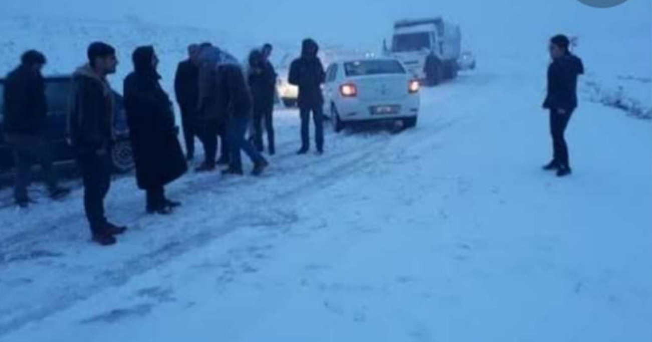 Karacadağ'da Kar Aniden Bastırdı