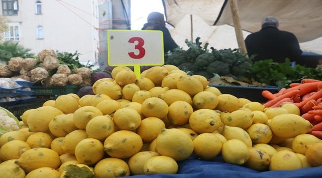 Şanlıurfa'da Limon'un Kilosu 3 Liradan Satılıyor