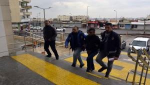 Tokalaştığı Şahsın Maaşını Çalan Şüpheli Yakalandı
