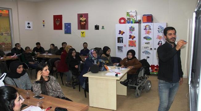 Urfa'da EKPSS'YE Hazırlanan Engelli Vatandaşlara Kurs