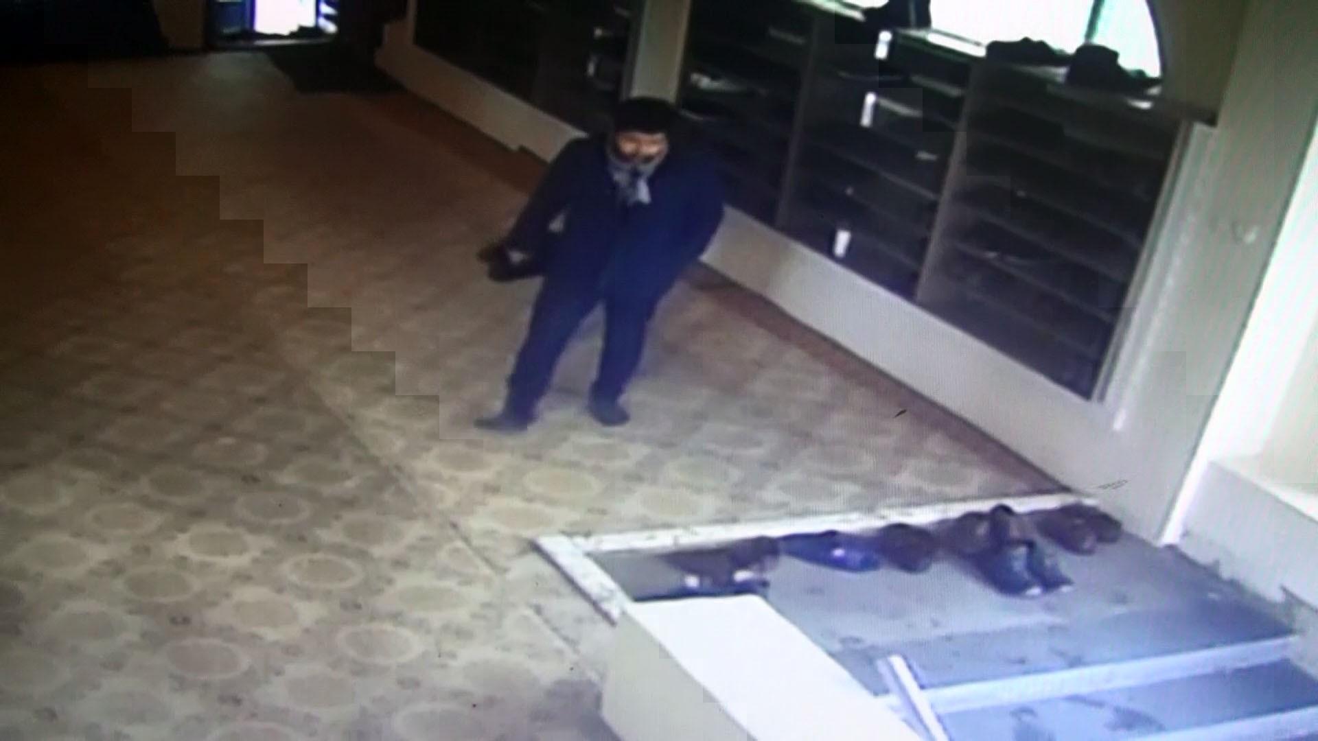 İmam Aslan Camisinde Ayakkabı Hırsızlığı