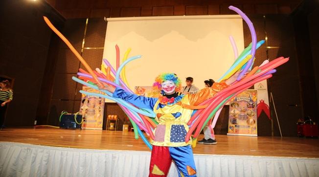 Karaköprü'de Yetenek Sirkiniz Gösterisi Sunuldu