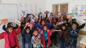 Kocaeli'den Urfalı çocuklara kırtasiye yardımı