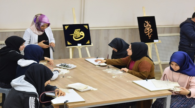 Siverek'te Öğrenciler Naht Sanatını Öğreniyor
