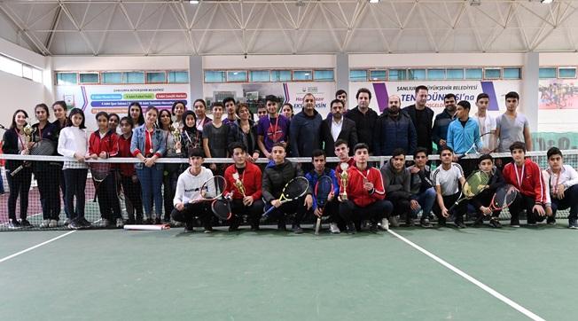 Urfa'da 2020'nin İlk Tenis Turnuvası Düzenlendi