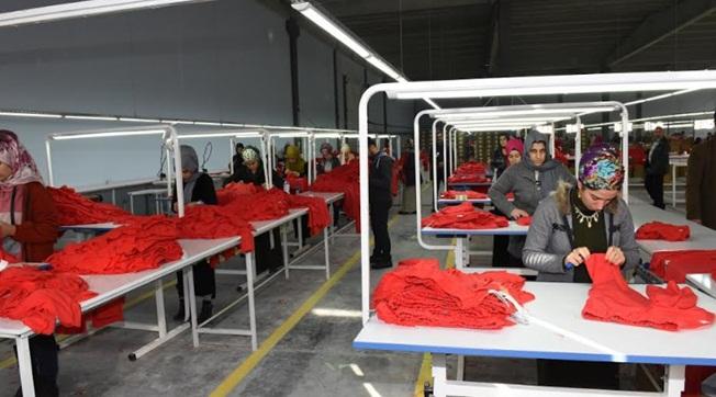 Viranşehir'de İlk Tekstil Fabrikası Üretime Başladı
