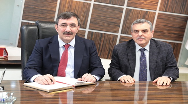 Cevdet Yılmaz Şanlıurfa Büyükşehir'i Ziyaret Etti