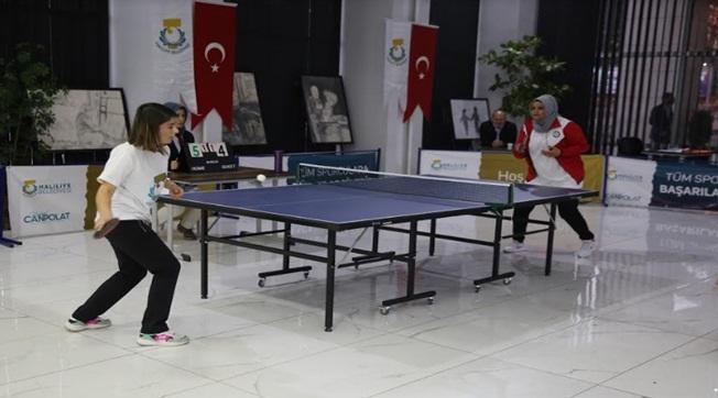 Kurumlar Arası Masa Tenisi Turnuvasının Finali Yapıldı