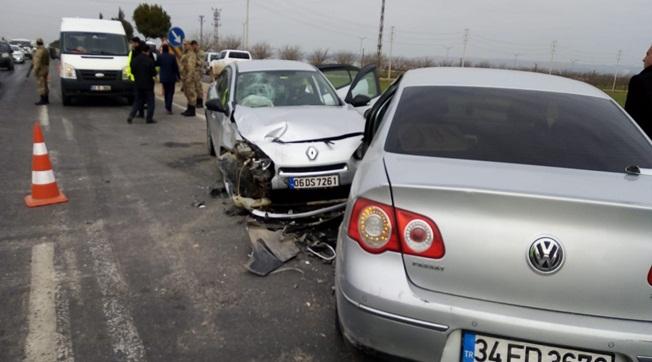 Şanlıurfa Akçakale Yolunda Kaza 5 Yaralı