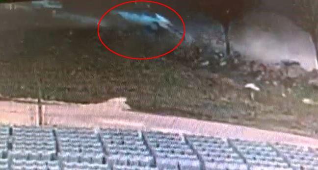 Suruç'ta otomobilin devrilme anı kamerada