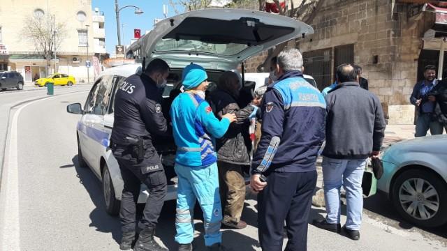 Yasağa uymayan yaşlılar polis ve zabıtaya takıldı