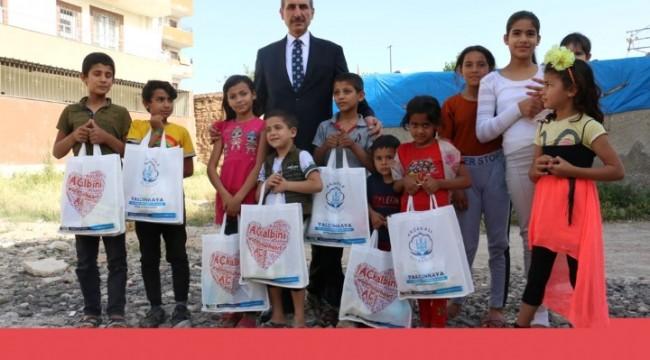 Akçakale'de sosyal yardımlar devam ediyor