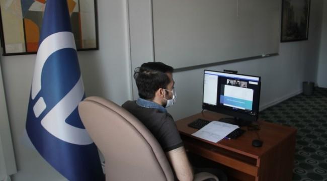 Anadolu Üniversitesinden z65 yaş üstü öğrencilere destek