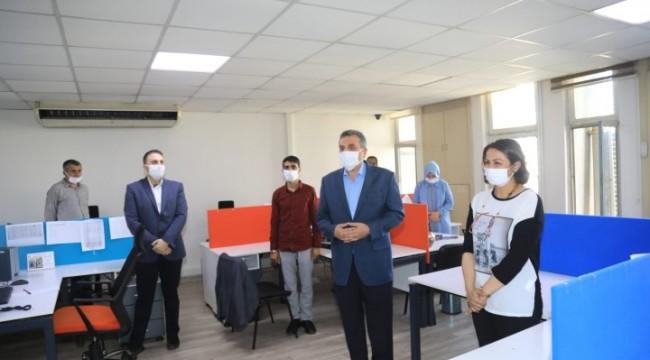 Beyazgül'den bayram mesaisindeki personele ziyaret (video)