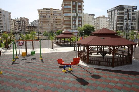 Karaköprü'de Engelsiz Park'ın yapım çalışmalarında sona gelindi