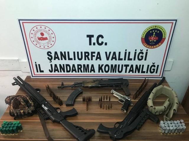 Silah ve uyuşturucu operasyonunda 14 gözaltı