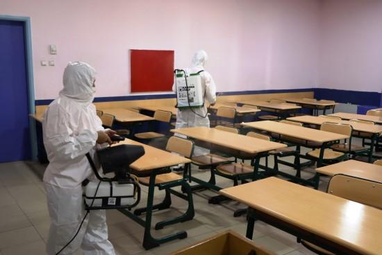 Büyükşehir belediyesi sınav öncesi okulları hazırlıyor (Videolu Haber)