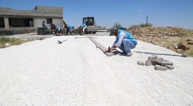 Eyyübiye kırsalında yol yapım çalışmaları sürüyor (video)