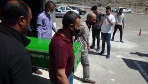 Şanlıurfa'da tır ile otomobille çarpıştı: 1 ölü, 4 yaralı