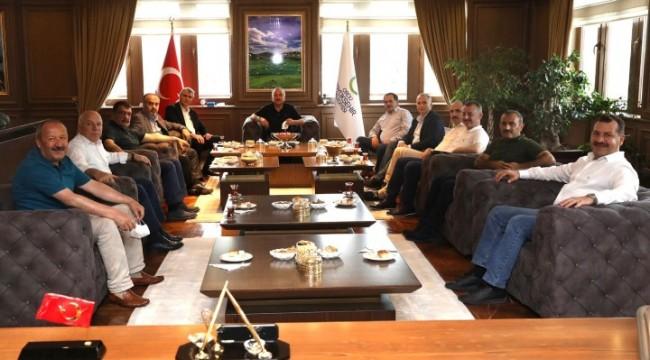 Beyazgül,AK Partili büyükşehir belediye başkanları toplantısı için Ordu'da (Video)