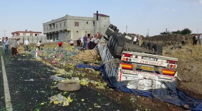 Diyarbakır-Şanlıurfa karayolunda kaza:1 ölü 1 yaralı