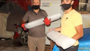 Şanlıurfa'da buz satışları başladı