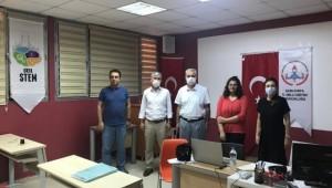 TÜBİTAK yarışmasında Urfalı öğrenci Türkiye üçüncüsü oldu