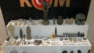 Hatay ve Şanlıurfa'da bin 234 parça tarihi eser ele geçirildi (Video)