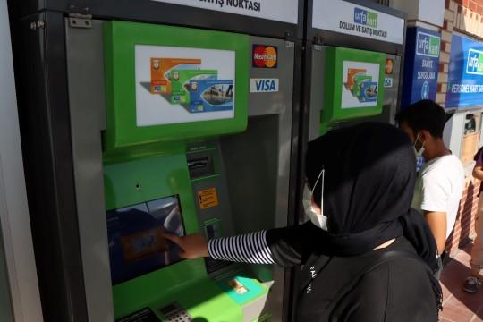 Kart vizeleme işlemi artık kiosklarla yapılacak (Videolu Haber)