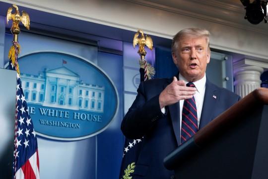 Trump'ın serveti 600 milyon dolar azaldı