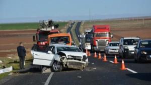 Terhisini alan asker memleketine giderken kazada hayatını kaybetti (Videolu Haber)