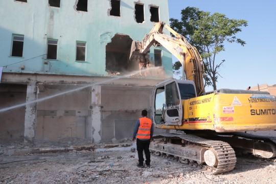 Kızılay meydan projesinde son engel yıkıldı(Video)