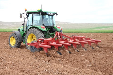 Şanlıurfalı çiftçi 'pivot' sulamayla yüzde 50 tasarruf sağladı