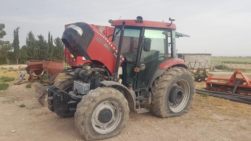 Aranan traktör Şanlıurfa'da bulundu