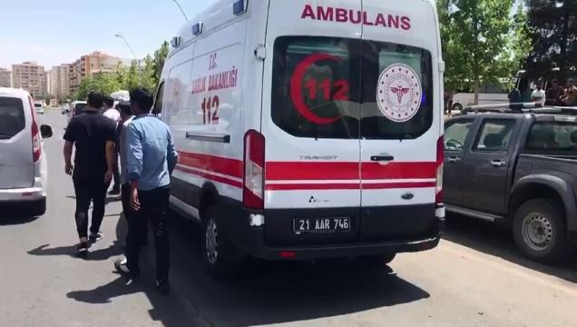 Diyarbakır'da Afganistan uyruklu göçmen tavuk dürüm için canından oldu ( Video Haber )