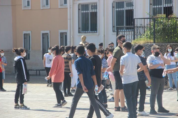 Şanlıurfa'da öğrencilerin LGS heyecanı