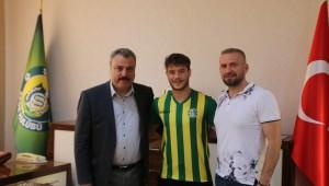 Şanlıurfaspor Emirhan Korkmaz ile anlaştı.