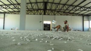 İnşaat işçisi Ali'nin kova sektirdiği videolar izlenme rekoru kırıyor ( Video Haber )