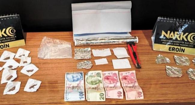 Şanlıurfa'da uyuşturucu satıcılarına operasyon: 12 gözaltı ( Video Haber )