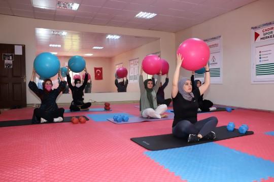 Karaköprü'de kadınlar için spor salonu hizmeti ( Video Haber )