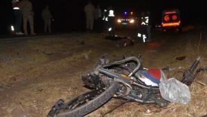 Şanlıurfa'da trafik kazası: 1 ölü, 1 yaralı ( Video Haber )