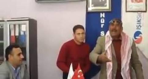 Şanlıurfalı Mustafa Dağ'dan Bayrak Şiiri...Urfa63